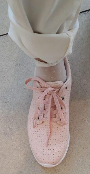 c03cb4ffff4f Ty první růžovo bílé pantofle jsem si ihned koupila. Pantofle jsou opravdu  jsou pohodlné a vhodné pro příčně plochou nohu – jsou anatomicky tvarované.